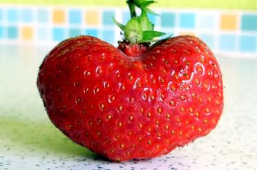 Leckeres Erdbeerherz für das Montagsherz #101
