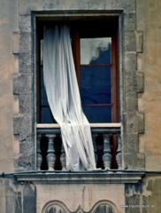 Fenster mit Gardine