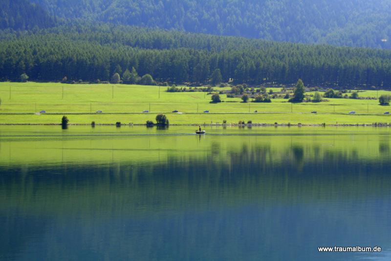 Stille Wasser auf dem Reschensee
