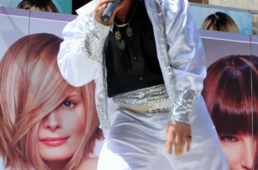 Elvis lebt! Und alle Fans jubeln …