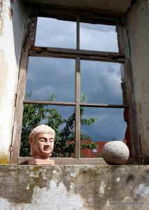 Fenster mit Buddha