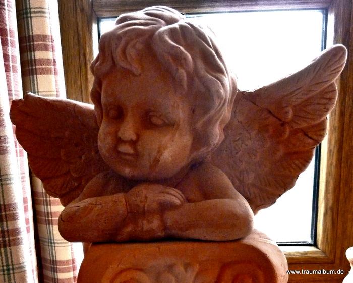 Kleiner Engel aus Ton für send me an Angel