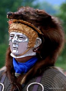 Römer mit Maskenhelm