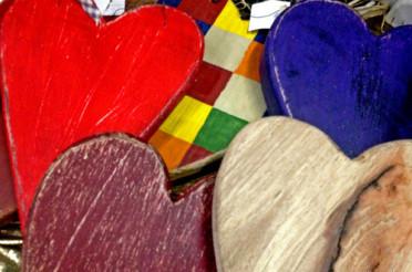 Bunte Herzen aus Holz für das Montagsherz #122
