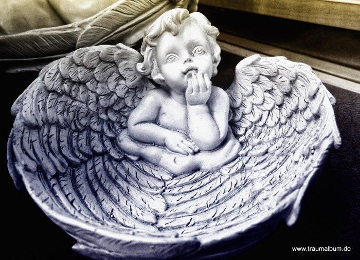 Engel mit Flügeln