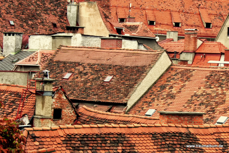 Dächer von Graz – Überdachungen bei Alltäglichkeiten
