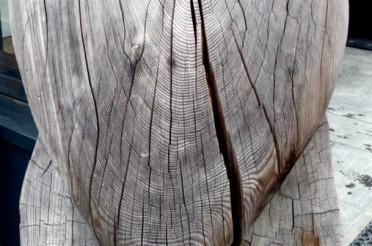 Holz (-Herz) vor der Hütte für das Montagsherz #189