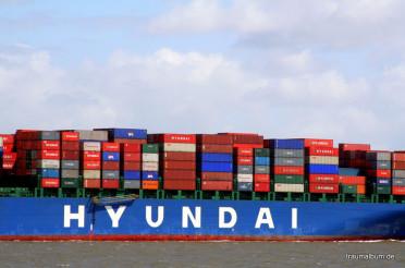 Containerschiff vor Cuxhaven –  Kreatives Sonntagsrätsel #14