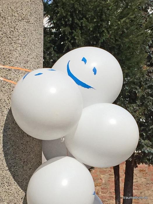 Lachender Luftballon und ein Kreatives Sonntagsrätsel #15
