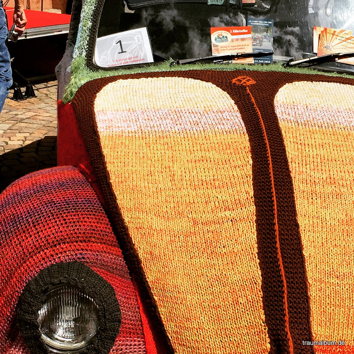 Gestrickter VW Käfer und das Kreative Sonntagsrätsel #21