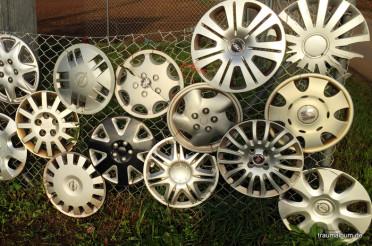 Verlorene Radkappen beim Kreativen Sonntagsrätsel #45