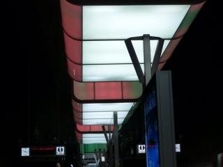 Farbenspiel 320x240 c - Lichtshow in der Station HafenCity Universität Hamburg