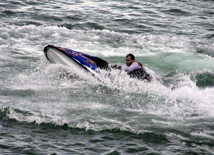 speedbootfahrer vor howth
