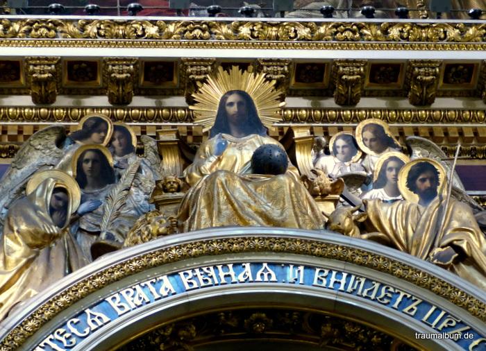 Himmlisch – Ein frommer Gang in die Kirche für PPP#49